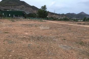Cần bán gần 5000 m2 Tân Thành - Vĩnh Phương, sau lưng nhà máy sợi, thích hợp phân lô. Lh 0947066135