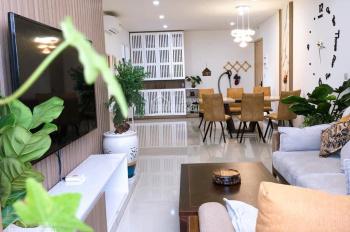 Gia đình chuyển công tác cần bán gấp căn nhà tại Hoàng Văn Thụ, kinh doanh rất tốt