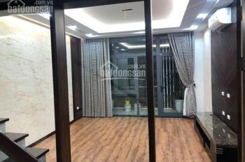 Chính chủ bán nhà trong phố Vạn Bảo, DT 68m2x6T rất đẹp và hiện đại. Giá 11.6 tỷ