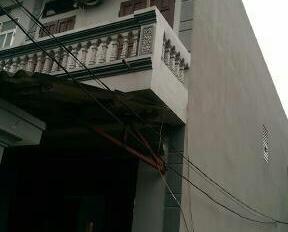 Bán nhà riêng 2 tầng 70m2 Đông Mỹ, giá: 1,3 tỷ