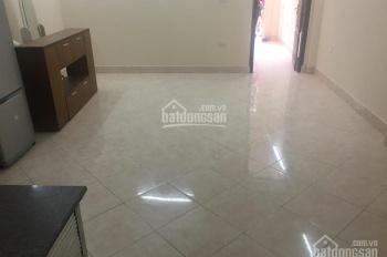 Cho thuê căn hộ tầng 3 mặt phố Nam Ngư, Phan Bội Châu