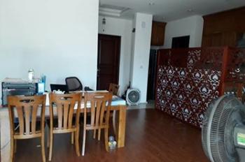 Bán gấp căn hộ 28 tầng Làng Quốc Tế Thăng Long. DT: 130m2 - 03PN - Giá rẻ: 33 triệu/m2