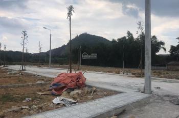 Cần tiền làm nhà bán gấp lô đất giá 600 triệu tại Bình Yên, Hòa Lạc. LH 0824888088