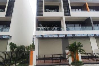 Chính chủ cho thuê nhà 3 mặt phố Đức Giang, xây 5 tầng, có hố chờ thang máy
