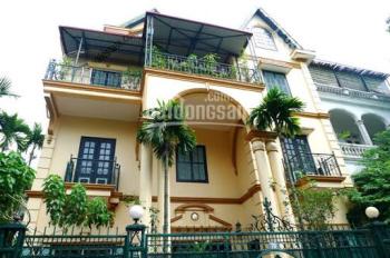 Cho thuê biệt thự mặt phố siêu đẹp tại Quảng An, Tây Hồ. DT: 160m2 * 4 tầng, MT: 15m, gía: 65 tr/th