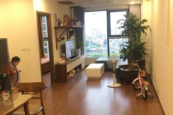 Chủ nhà cần bán nhanh căn 2 ngủ Eco Green Nguyễn Xiển. 2,1 tỷ: 0986209218