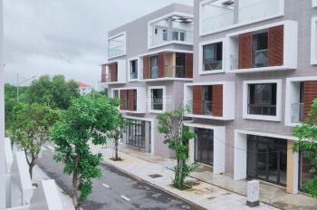 Cần bán gấp nhà phố xây sẵn 1T 3L, hướng ĐN, hoàn thiện khang trang, giá 4,5 tỷ. LH 0938383279