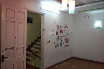 Cho thuê nhà nguyên căn để ở ngõ 89 Lạc Long Quân, 10 tr/tháng, 41m2 x 5 tầng, full đồ