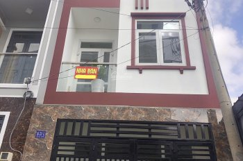 Nhà 3 tầng 4,5x 12m hẻm 8m ngay Vincom Thủ Đức, UBND Phường Linh Chiểu