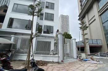 Cho thuê nhà mặt phố Cự Lộc, Nguyễn Trãi, 140m2*5 tầng thang máy thông sàn, giá 75 triệu nhà mới