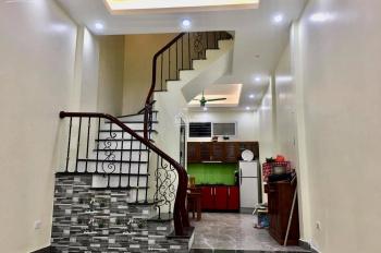 Cho thuê nhà ngõ 106 Nguyễn Ngọc Nại, Thanh Xuân DT 50m2 x 4T giá 18 triệu/tháng