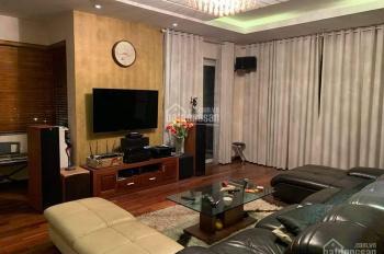Cần bán căn biệt thự 300m2 khu đô thị Việt Hưng, Long Biên