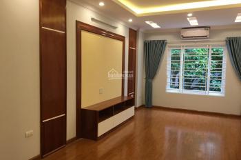 Bán nhà ngõ 279 Phố Đội Cấn, Ngọc Hà, Ba Đình. DT 37m2x5T, giá 3.6 tỷ