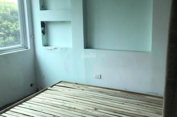 Bà Triệu 12m2 x 3T, view ra hồ Hoàn Kiếm dưới 7tr/th