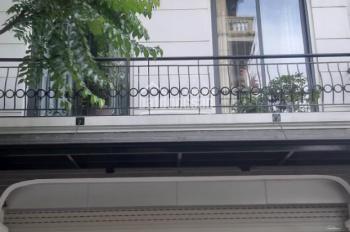 cho thuê nhà lưu hữu phước DT 100m2*, 3.5 tầng, MT 8m,chia 2p/tầng, hợp VP,xklđ lh trung 0387606080