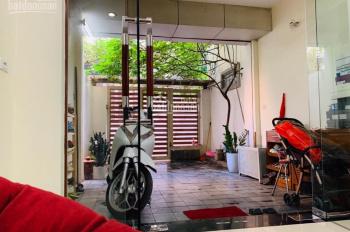 Cho thuê nhà riêng nguyên căn phố Vương Thừa Vũ - 70m2 x 3 tầng, 12 triệu/tháng