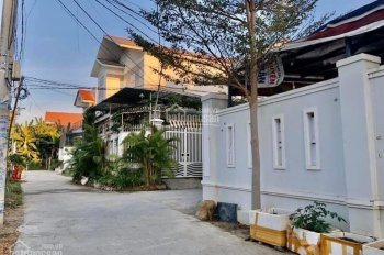 Bán 2 lô đất đẹp giá rẻ làng biệt thự Vĩnh Thạnh, Nha Trang