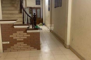 Cho thuê nhà riêng trong ngõ Phạm Nhật Duật - Mai Dịch 54m2 x 3 tầng, nội thất cơ bản