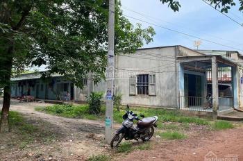 Bán nhà trọ kèm nhà cấp 4 có DT 251.7m2 chính chủ tại KCN Bàu Bàng Bình Dương. LH: 0973 591 709