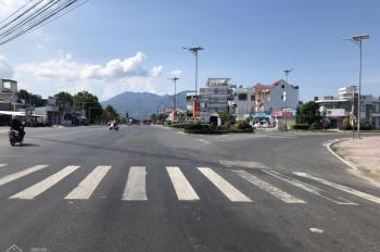 Bán đất gía rẻ chính chủ trung tâm Cam Hải Tây: LH 0798347626