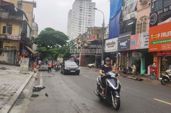 Bán nhà mặt phố Thái Thịnh - Đống Đa căn góc DT 65m2 x 4 tầng MT 4m3 đoạn gần Tây Sơn. 18.5 tỷ TL