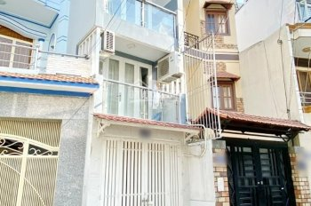 Cần tiền bán gấp nhà mới xây 3 lầu, ngay ngã 3 Tỉnh Lộ 10 giao Trương Phước Phan, Bình Tân