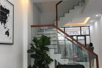 Bán nhà phố Hồng Mai, cạnh ủy ban nhân dân phường Quỳnh Lôi, HBT, Hà Nội, DT 60m2x5T xây mới