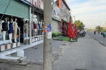 Cần bán lô đất 100 m2, ngay cây xăng Phú Lợi