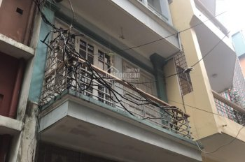Cho thuê nhà ngõ 1 Phạm Tuấn Tài 70m2 x 5T, ngõ ô tô tránh