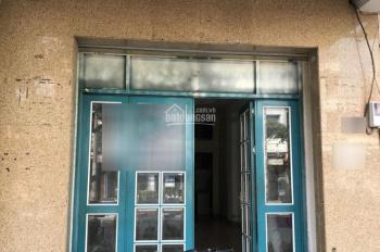 Cho thuê nhà nguyên căn mặt tiền đường 30m Lạc Long Quân Q.11 - Thuận tiện kinh doanh, DT 4.5x15m