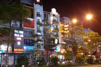 Cho thuê nhà mặt phố Bà Triệu gần Vincom, 4 tầng giá 40 triệu/th, lh: 0977787248