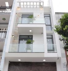 Bán gấp nhà hẻm Nguyễn Trãi, P2, Quận 5, diện tích 4.5x16m, giá chỉ có 12.8 tỷ.