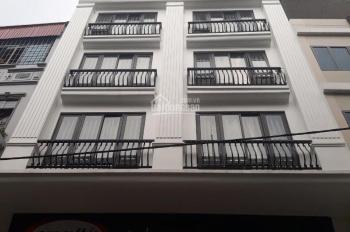 Cho thuê nhà mặt phố Nguyễn Khang, Cầu Giấy. DT 90m2 x 6 tầng, MT 4,5m thang máy, giá 65tr/th