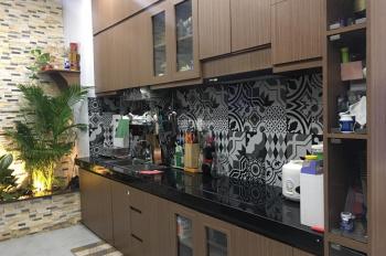 Cần bán nhanh căn nhà tại Thích Quảng Đức, 43m2 4 tầng 5.2 tỷ