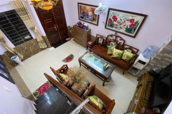 Bán nhà Phạm Ngọc Thạch, 3 tầng đẹp lung linh, 25m2, 2 tỷ. 0947018386