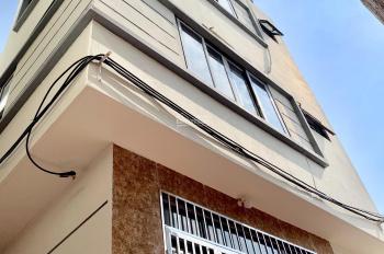 Bán nhà 3 tầng mới xây 1 tỷ 90tr bao tên sổ đỏ, cách 1km là Aeon Mall trung tâm Hà Đông