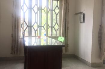 Cần share văn phòng công ty địa chỉ số 4 Tân Canh, Phường 1, Quận Tân Bình. DT 5 x 18m