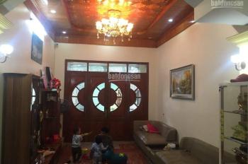 Chính chủ bán nhà mặt đường Trung Hành, vị trí cực đẹp, giá cực tốt. LH: 0934211236