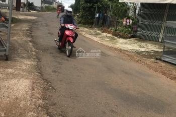 Bán đất mặt tiền đường Nguyễn Viết Xuân, Dambri, Tp. Bảo Lộc Cách Hồ Nam Phương 350mét.