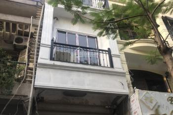 Cho thuê nhà mặt phố Trần Xuân Soạn, mặt tiền 5m, thông sàn, 70m2, 60 triệu/tháng, có thang máy