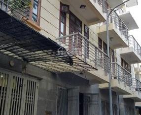 Cho thuê nhà riêng Quang Trung, DT 55m2 x 4T, ô tô đỗ cửa giá 12 tr/tháng, làm VP kho: 0976995444