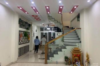 Cho thuê NR nguyên căn Nguyễn Văn Cừ, Gia Thụy, Long Biên 60m2 * 4T, giá 10 triệu/th LH: 0967406810