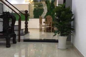 Cần cho thuê nguyên căn nhà HXH 317/3A Trần Bình Trọng, P. 4, Quận 5