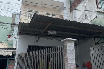 Nhà bán: trệt - 2 lầu + sân thượng. DT: 3.7m x 13,6m, sổ hồng 48m2. Tô Ký, P. ĐHT, Q12