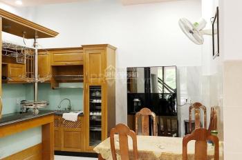 Cho thuê nhà nguyên căn hẻm ô tô đường Nguyễn Thượng Hiền thiết kế 1 trệt gồm 3 tầng, có để lại đồ