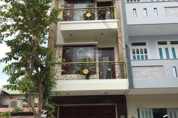 Cho thuê nhà mặt tiền vị trí đẹp đường Hậu Giang, P11, Quận 6