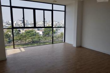 Tòa nhà văn phòng mới xây 6 tầng 303A Hoàng Sa Tân Định Quận 1, view sông giá 70 triệu. 0943420099