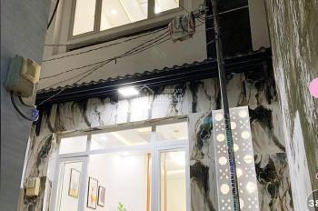 Bán nhà đẹp Bà Hom ngay chợ Phú Lâm, Q6. 40m2. 2 lầu. Giá: 4.3 tỷ. LH: 0901886271