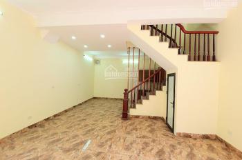 Bán nhà mới phố Dương Văn Bé, 44m2, 5T, MT 5.6m, oto 20m, giá 4.86 tỷ (có thương lượng) 0829568998