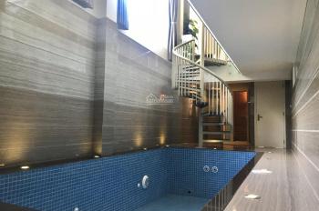 Cho thuê biệt thự song lập Tại KĐT Vinhomes Riverside có bể bơi, phòng xông hơi, giá 52 triệu/tháng